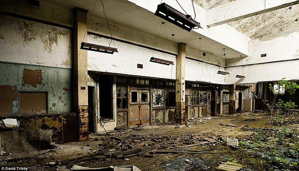 Gary-Indiana-Ruins-pic12